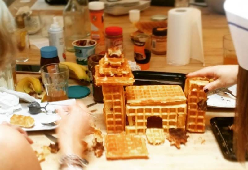 waffle castle at the bruges workshop